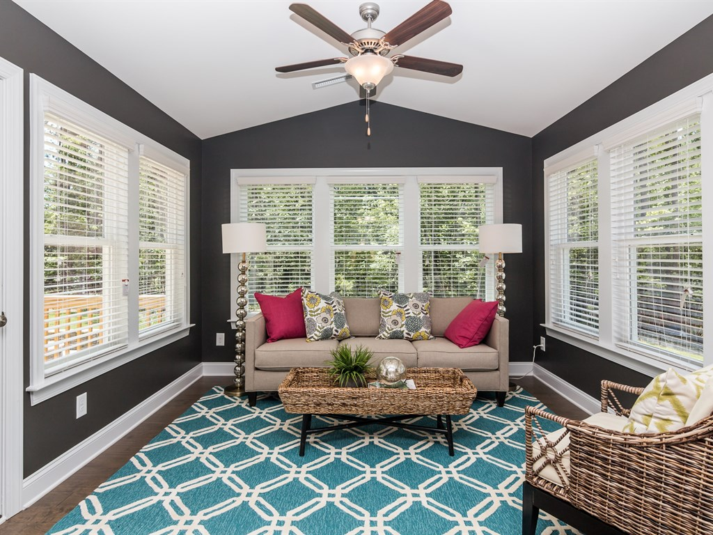 Decorating a sunroom | Eastwood Homes